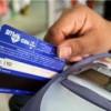 Turistas con alto poder adquisitivo: La AFIP establece un pago a cuenta de ganancias y bienes personales para los consumos en el exterior