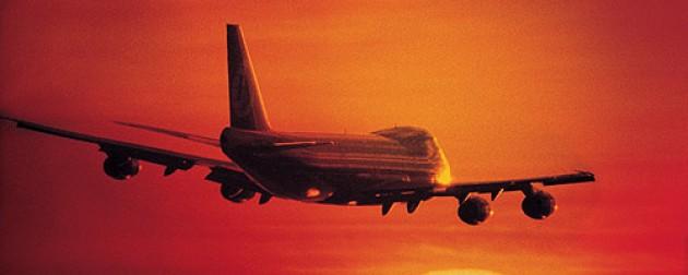 Buzzi gestionó mayor conectividad aérea para Chubut