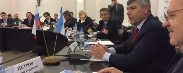 El ministro de Agroindustria expuso en Rusia nuevas medidas para el comercio exterior