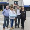 Salió el primer embarque de material vivo certificado de abejas reinas a Francia