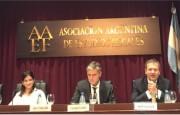 """AAEF – XI Jornadas Derecho Aduanero: """"Introducción al Derecho de Exportación sobre servicios – Análisis de constitucionalidad"""" – María Gottifredi"""